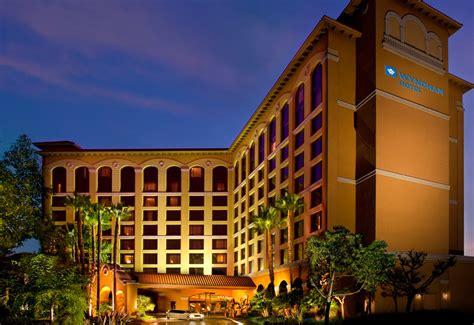 Garden Grove Anaheim Ca Hotels Near Disneyland Wyndham Anaheim Garden Grove