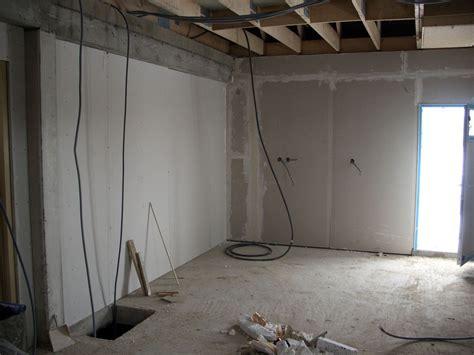 Comment Isoler Le Toit D Un Garage 3759 comment isoler soi m 234 me un garage faire l isolation de
