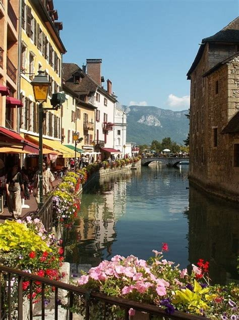 beautiful annecy france  lovely french language