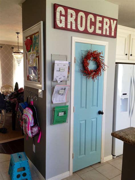 Painted Pantry Door Ideas by 25 Best Ideas About Painted Pantry Doors On