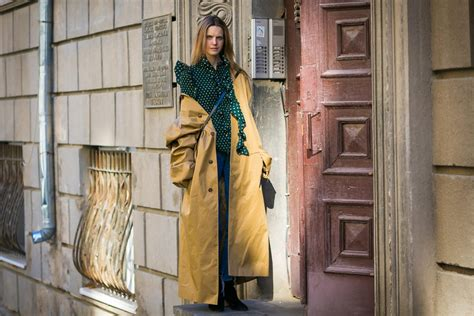 Cropped Trench Coats Stylecrazy A Fashion Diary 2 by A Trench Coat Is The Only Coat That Makes Sense Yoyokulala