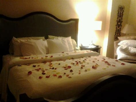 rose petals on bed our bed with rose petal turndown picture of chateau elan winery and resort