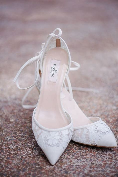 Wedding Dress Heels by Top 20 Neutral Colored Wedding Shoes To Wear With Any Dress