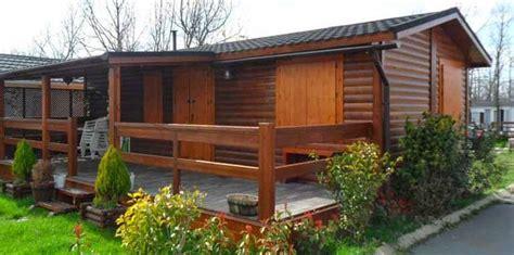 desain rumah asri desain rumah kayu sederhana cantik asri rumah mungil