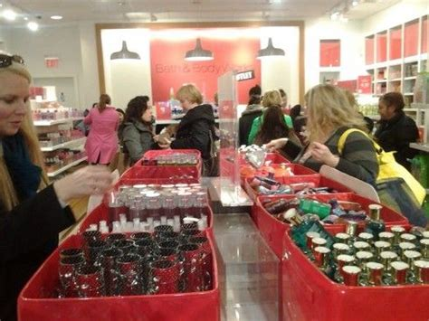 stores that sell bathtubs 17 best images about bath body works store on pinterest