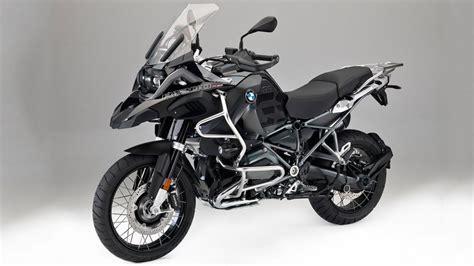 bmwnin duenyada bir ilk olarak tanittigi model motosiklet
