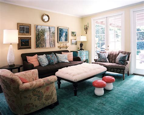 Living Room Groupings by Tips For Displaying And Hanging Wall