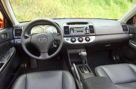 2004 toyota camry interior picture pic image