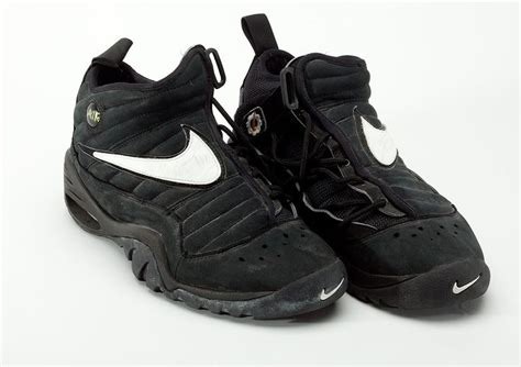 dennis rodman basketball shoes 1000 images about favoryte sneakers all time on