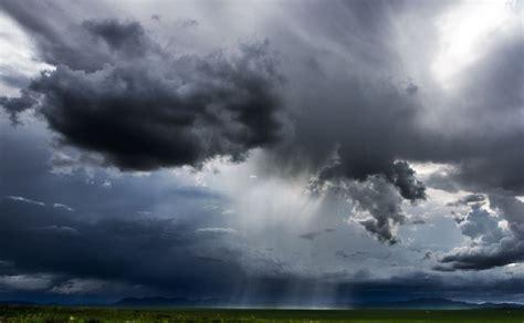 wallpaper dark rain hd dark rain clouds hd wallpaper download