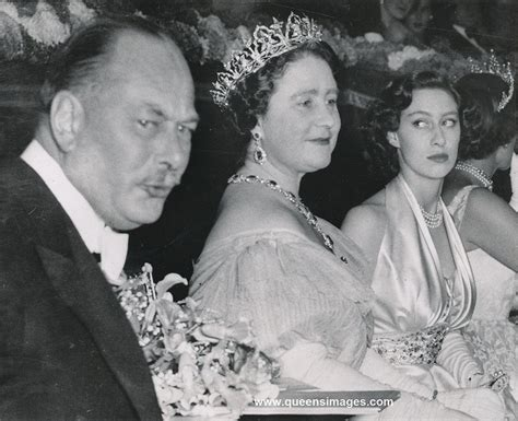 film queen and princess margaret 154 best queen elizabeth the queen mother jewellery images