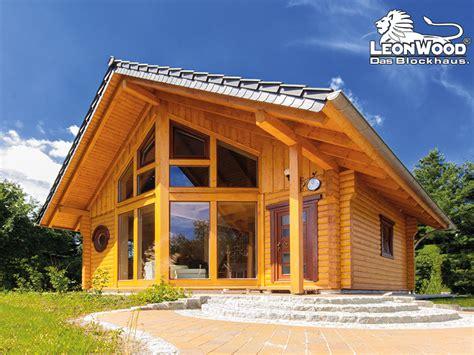 Holzblockhaus Aus Polen by L 233 On Wood 174 Holz Blockhaus Firmenportrait Bautipps De