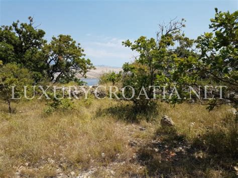 first land first row to the sea building land for sale city of pag