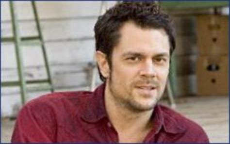 Johnny Knoxville Headed For Divorce by Former Mtv Johnny Knoxville Files For