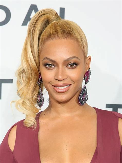 real people hairstyle pictures beyonc 233 debuts lighter blonde hairstyle