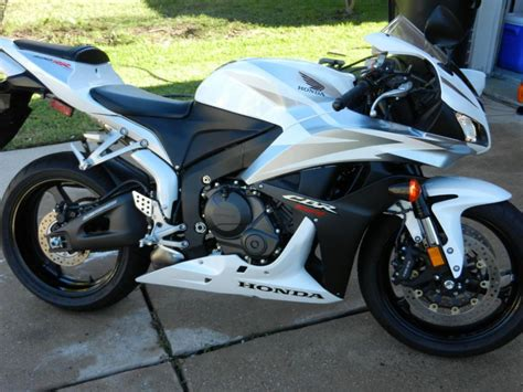 honda 600rr 2007 buy 2007 honda cbr 600rr sportbike on 2040motos