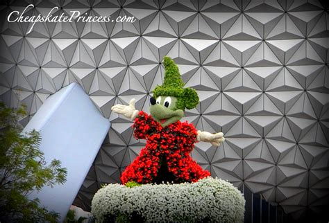 disney topiary frames lower your stress on a disney vacation a cheapskate