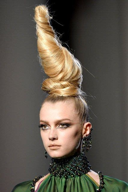 Runway Hair Trends With Jimmy Paul by 17 Best Ideas About Catwalk Hair On Runway
