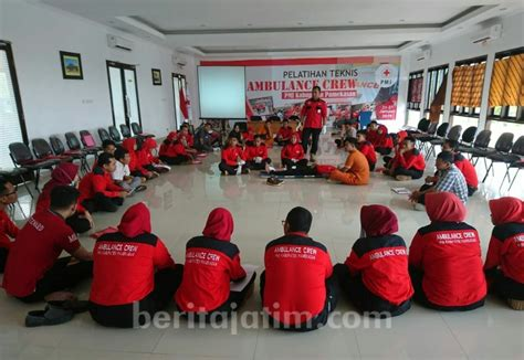 peserta ikuti pelatihan crew ambulance pmi pamekasan