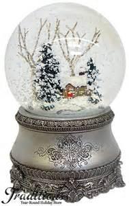 vintage snow globes pinterest