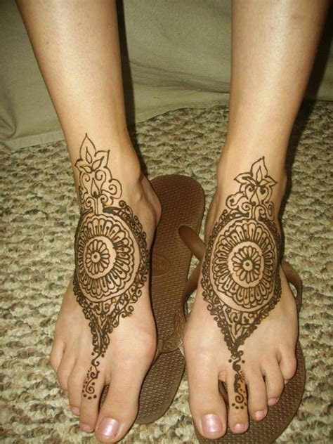 mehndi 360 gol tikka mehndi design for feet