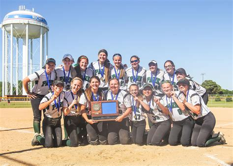 Cottage Grove Softball by Park Of Cottage Grove Wins Class 4a Section 3