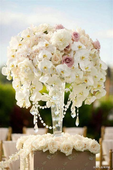 wedding flower ideas pictures wedding ceremony flowers the magazine
