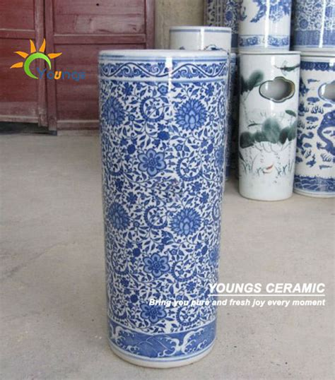 Reproduction Chinese Vases Varied Chinese Blue And White Ceramic Cylinder Umbrella