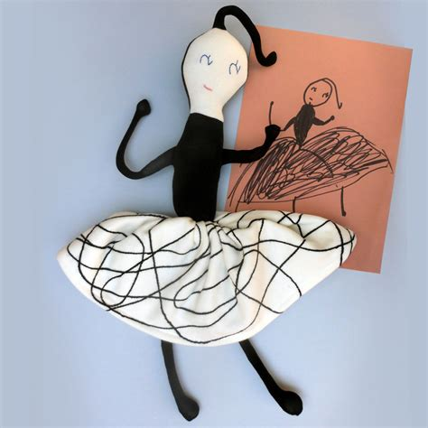 Boneka Jerapah Zebra Bagus Dan Lucu seniman ubah gambar anak kecil jadi boneka ini 18 hasil karyanya