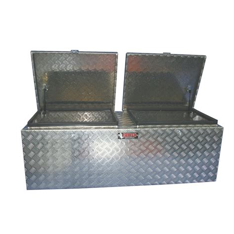 open chek tool rhino 1760 x 520 x 480mm open checkerplate tool box
