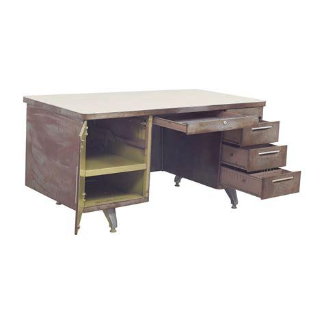 Shaw Walker Desk by 68 Shaw Walker Shaw Walker Rustic Metal Desk Tables