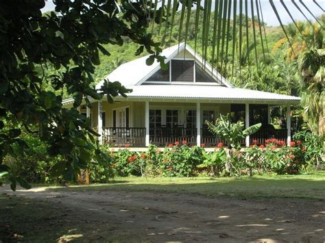 plantation style architecture beautiful plumeria cottage anini beach vrbo