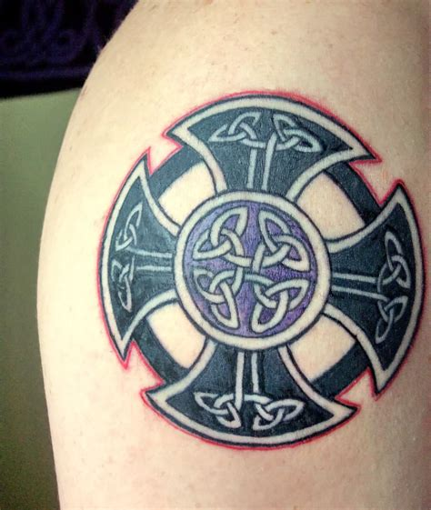 good cross tattoos 25 best cross tattoos designs for echomon