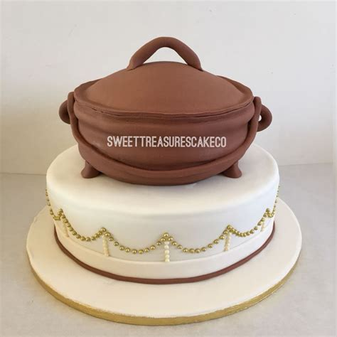 Traditional Wedding Cakes by Traditional Wedding Cake Cooking Pot On Gold