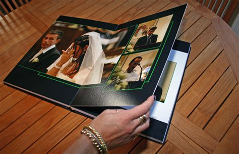 Wedding Album How Many Photos by Go Trendy With Your Wedding Photos Taphotos