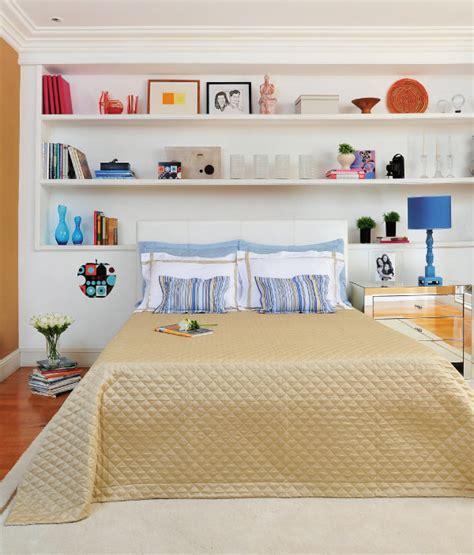 estante quarto casal dicas de decora 231 227 o para estantes em quarto de casal