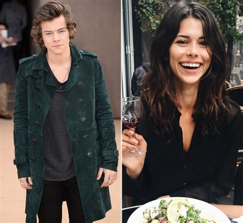 Word Association Comment Dating Style by Harry Styles New Hunk Hangs With Model
