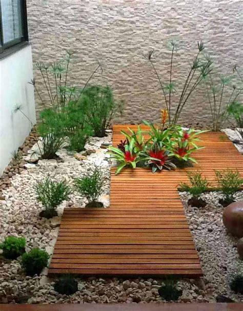 decorar jardines pequeños con plantas decorar patios con plantas best ideas para decorar