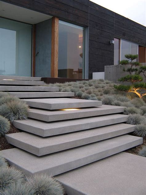 Front Staircase Design 25 Best Ideas About Concrete Steps On Pinterest Garden Steps Solar Pathway Lights And