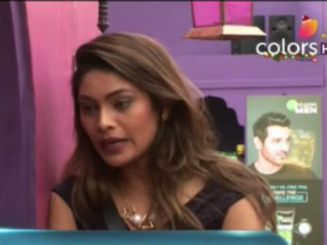 Top Controversies Of Former Bigg Boss Contestant Mandana - bigg boss 10 shocking lopa to quit the show just before