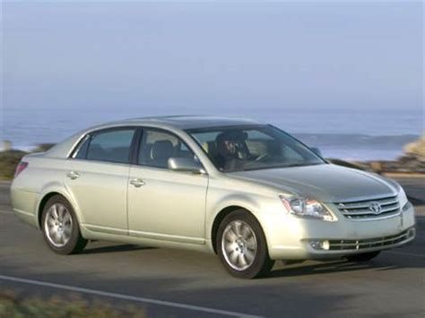 blue book used cars values 2005 toyota avalon parking system 2006 toyota avalon pricing ratings reviews kelley blue book