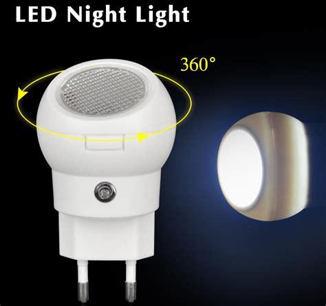 Lu Tidur Led Sensor Cahaya Rotasi 360 Derajat lu tidur led sensor cahaya rotasi 360 derajat white jakartanotebook