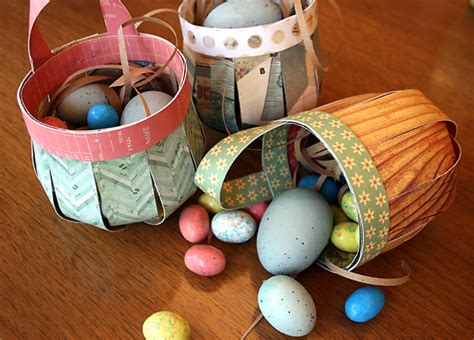 How To Make Paper Easter Baskets - tutorial diy paper easter baskets cosmo cricket