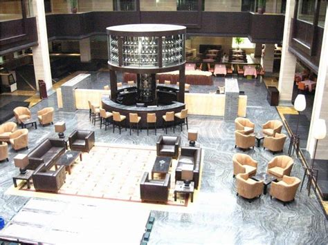 lobby tables and chairs best commercial lobby furniture images liltigertoo com