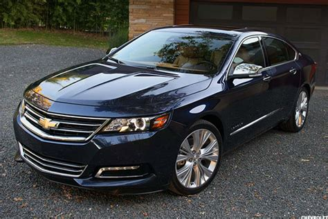 Best Car For Comfort And Fuel Economy by 10 Most Comfortable Cars 30 000 Thestreet