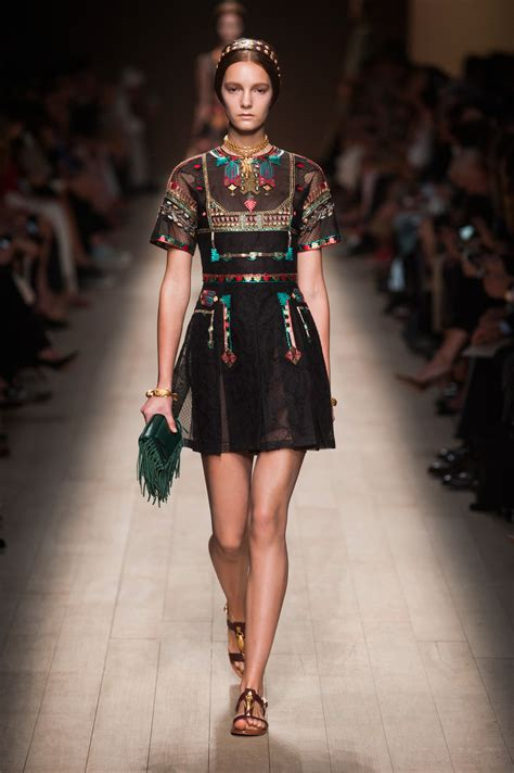 valentino fall 2014 collection style valentino 2014 runway pictures livingly
