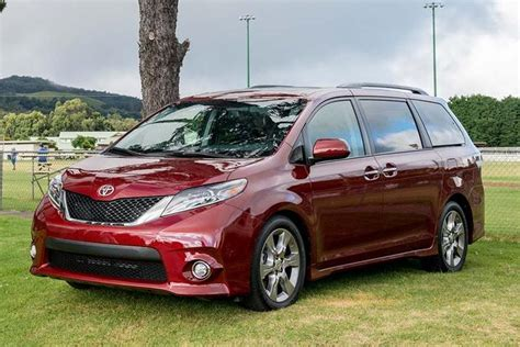 nissan sienna 2016 2016 toyota sienna new car review autotrader