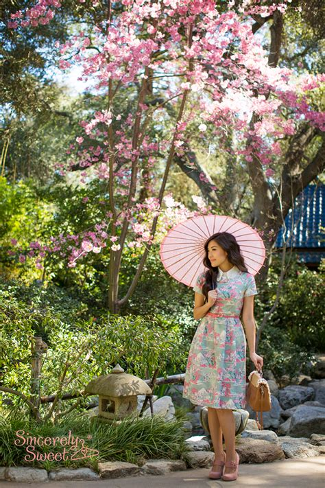 Dres Hanami dress hanami cherry blossom print sleeve midi