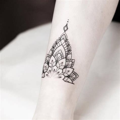 tattoo mandala unterarm mandala tattoo wissenswertes und 67 ideen wohnideen und