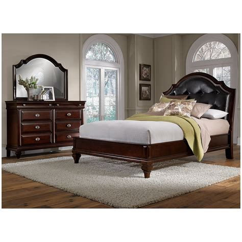 Manhattan 5 Piece Queen Bedroom Set Cherry Value City Bedroom Collection Furniture